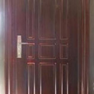 Bloc-porte acier épaisseur 70mm avec cadre acier mouluré et seuil incorporé. Modèle ECO MARRON JC Doors