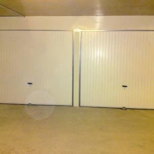 Création de boxes de garage avec boules de protection ou de sécurité VIBO au sol. Création de l'impost. Aubagne