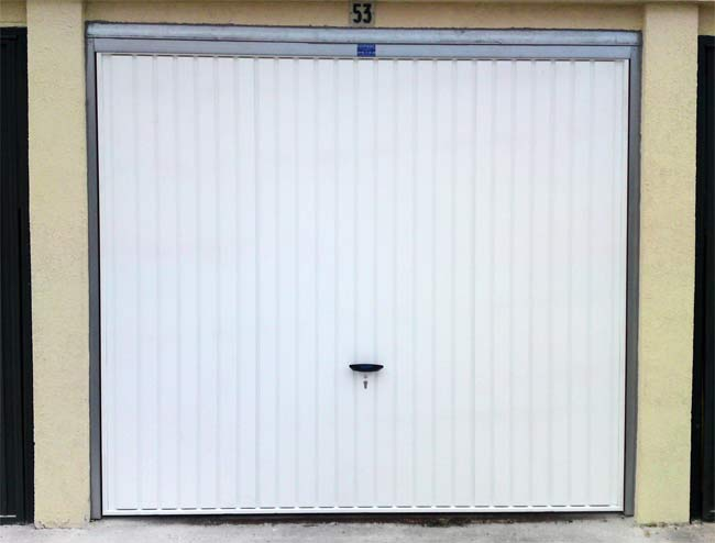 Portes de garage fermelec for Porte de garage moss