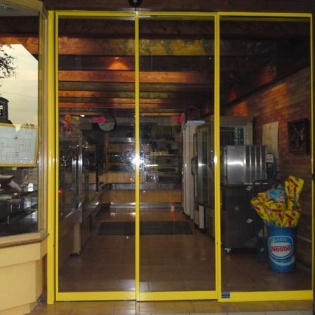 Porte automatique pour boulangerie