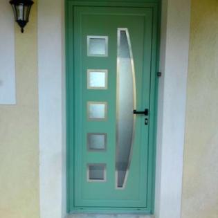 Porte d'entrée bicoloration, contour inox