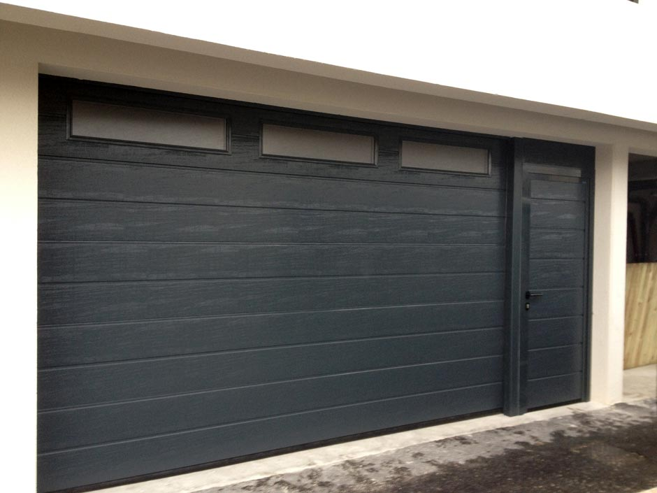 Portes sectionnelles fermelec for Porte de garage 5m hormann