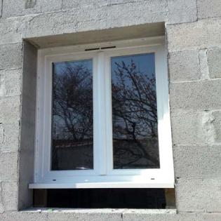 Pose de fenêtre CREAL, gamme Performance