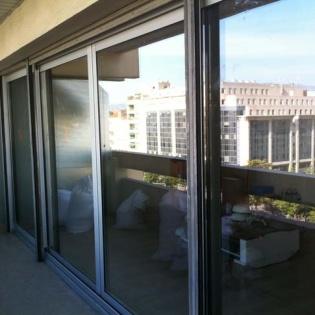 Pose de coulissants dans appartement immeuble boulevard Michelet Marseille 9ème