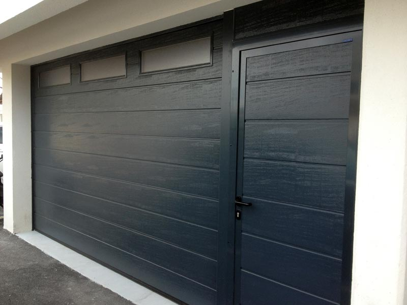 Portes de garage fermelec for Porte de garage 5m hormann