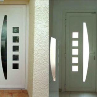 Porte en aluminium
